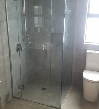 glass-systems-gallery_showers_20170707_1