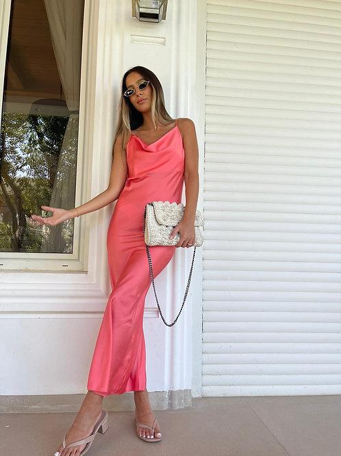 שמלת סאטן מקסי