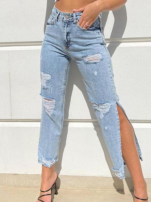 ג'ינס פתח ברגל