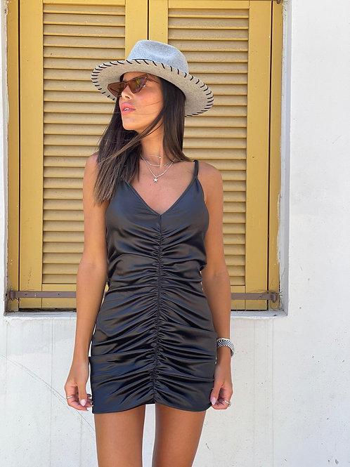 שמלת סאטן כיווץ