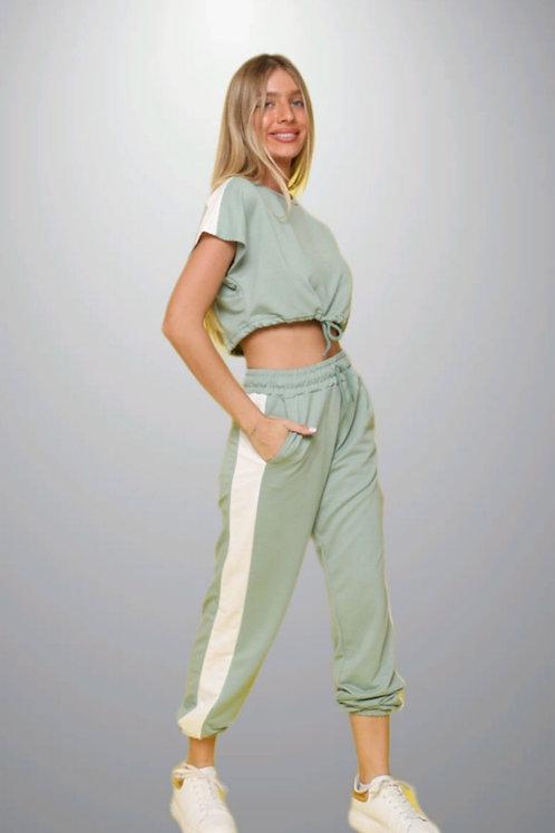 חליפת מכנס פס