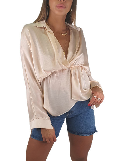 חולצת צווארון גומי