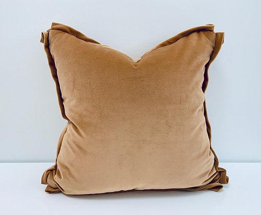 "20"" Pillow - Schumacher Gainsborough Velvet w/Flange"