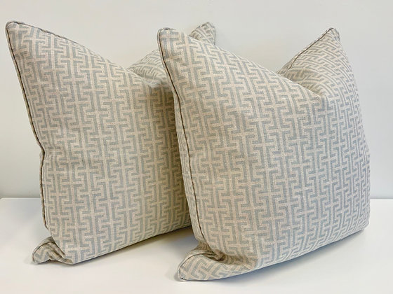 """20"""" Pillow - Schumacher Temple Blue"""