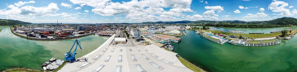 Mural Harbor Linz