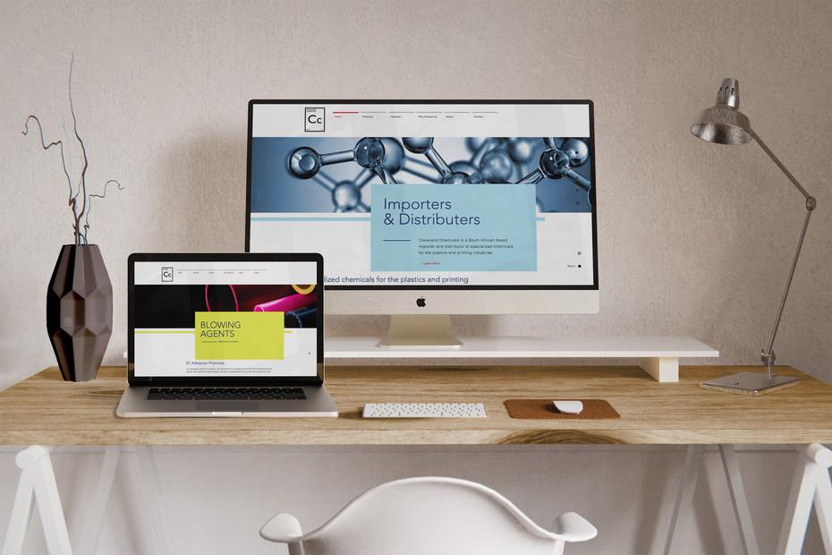 Monochrome-Workspace-Custom-Mockup-Cleve