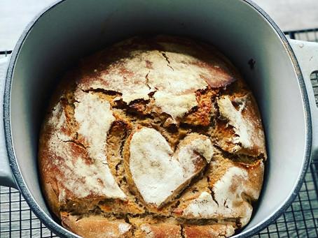 Sauerteig-Roggen-Brot