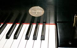 Van Cliburn's own piano, CD 375