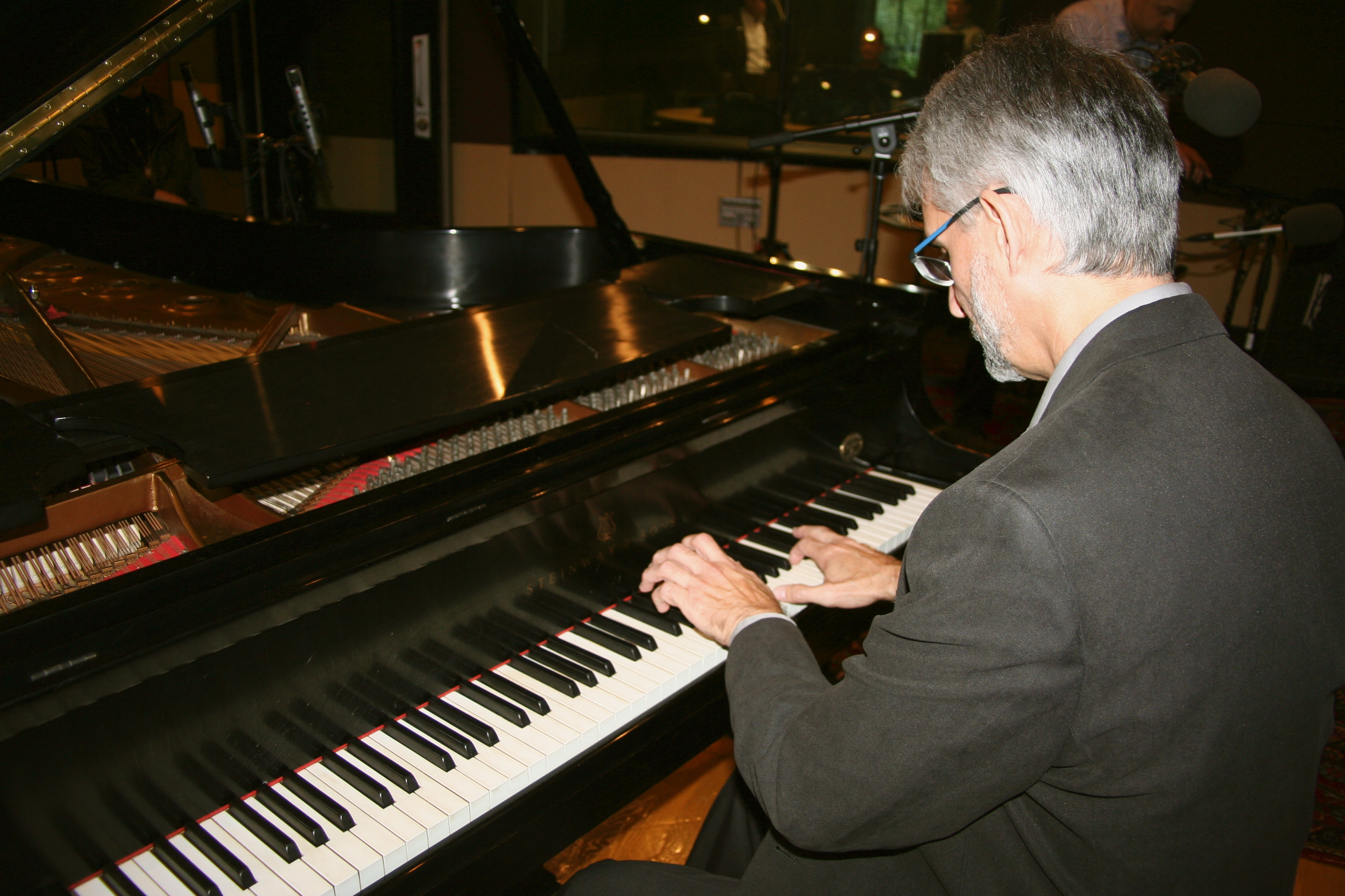 Recording on Van Cliburn's PianoReco