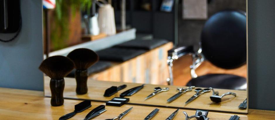 Covid-19: Comércio local, cabeleireiros e livrarias abrem as portas