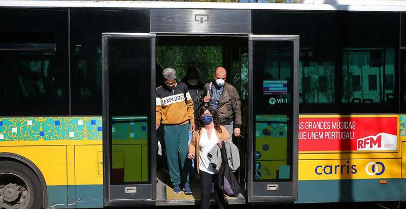 Este é o valor da coima para quem não usar máscaras nos transportes públicos