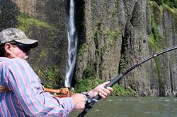 left fishing.jpg
