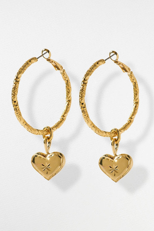 Vanessa Mooney The etched Heart Hoops
