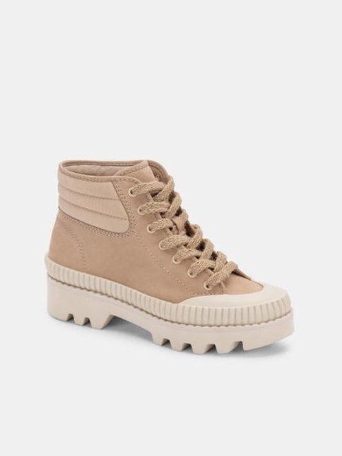 Dolce Vita Ociana Sneaker