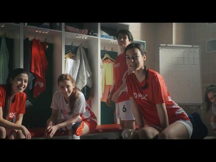 Kotex Kızlar Sahada Futbolcu Gelişim Programı ile Türkiye'deki tüm futbolcu Kadınlara destek veriyor