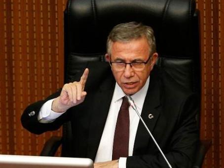 Mansur Yavaş'tan masalara vuran AKP grubuna: Masaya çık tepin istersen!