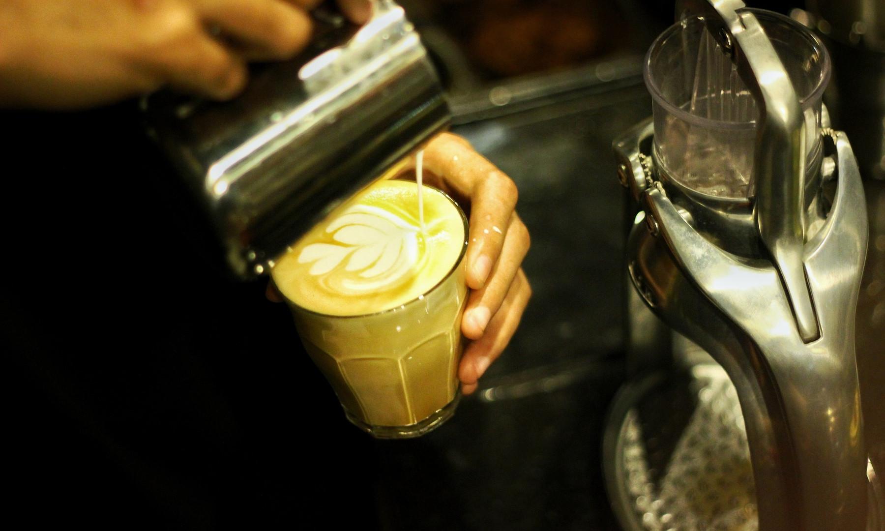 coffee-2288708_1920.jpg