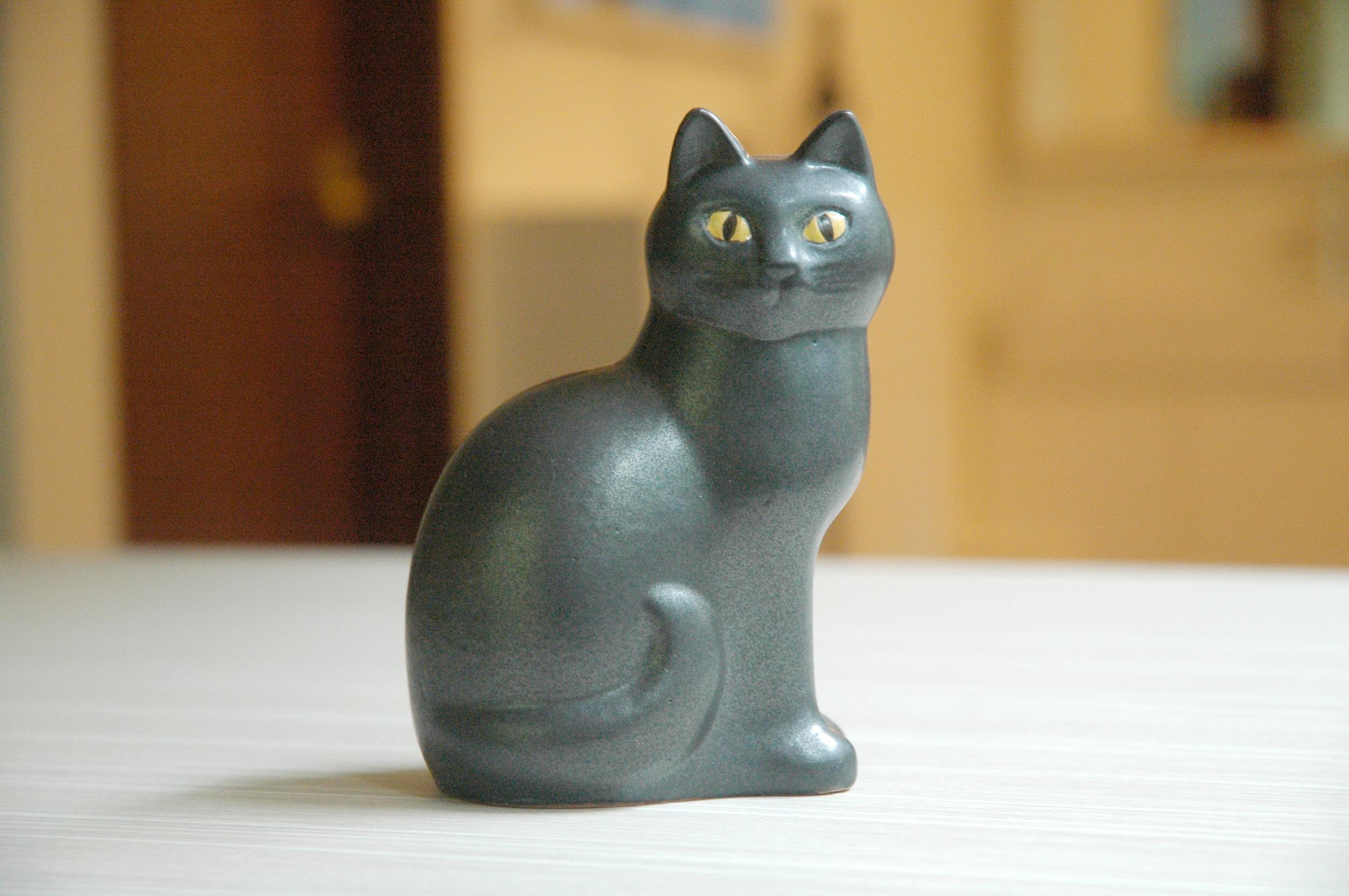 黒猫の置物