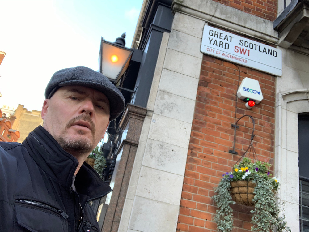 Tony Bulmer, Scotland Yard