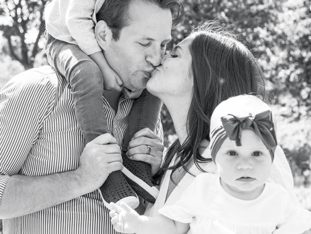 A beautiful family session at Winnemac Park Chicago
