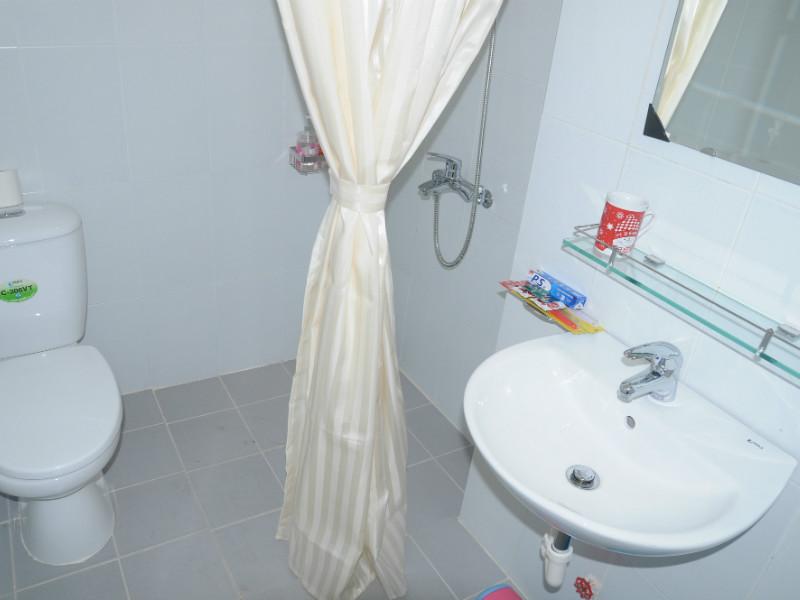 Can ho dich vu VIP studio - bathroom Rosana My Phuoc
