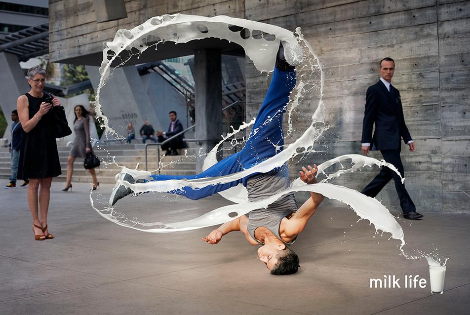 02.dimitri_daniloff_MILK-_dancer.png