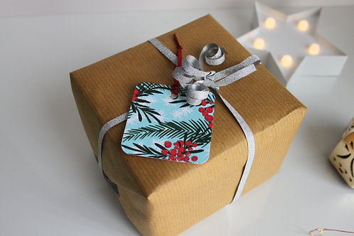 Red Berries Christmas Gift Tags