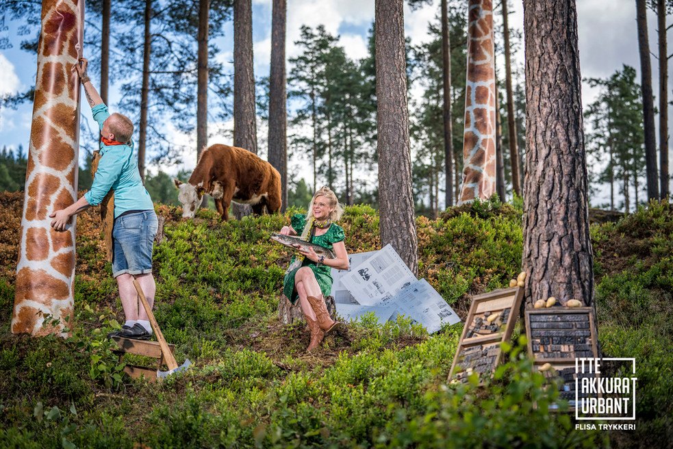 Trykkeri på tur i skogen. Flisa trykkeri