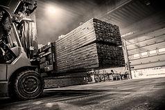 Trelast fra Alvdal Skurlag, Royal impregnert trevirke. Truck.  Innlandet Reklamebyrå, Ricardofoto