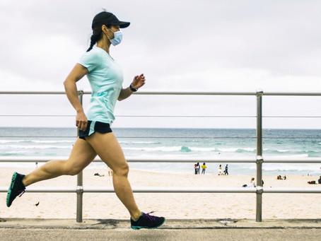 Exercícios com ou sem máscara? Médico tira dúvidas