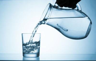 Água Emagrece? Dicas Para Ajudar Sua Perda de Peso