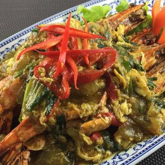 sabai-thai-gambas-sautees-au-curry-jaune