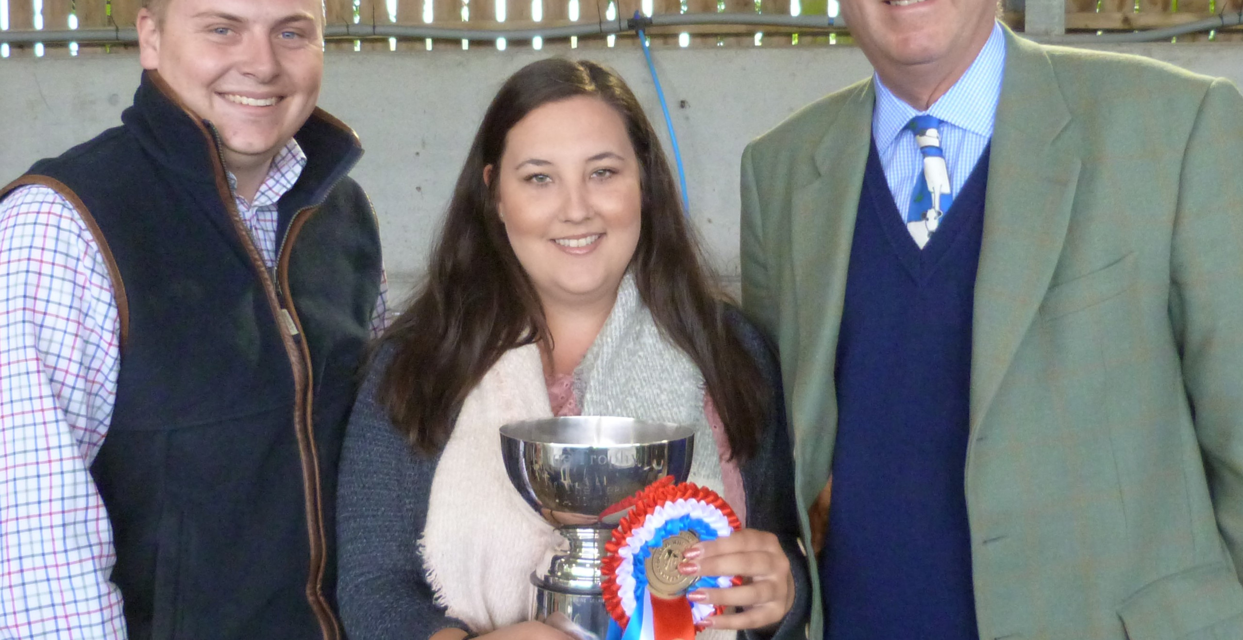 James Brain and Lottie Thomas win Cow of the Year with Hartsdesire Bumble Bee