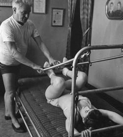 joseph-pilates-aula-membros-inferiores-2