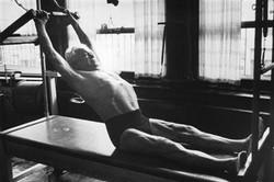 pilates-exercicio-membros-superiores