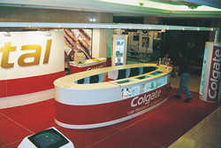colgate+stand+victoria+plaza.jpg