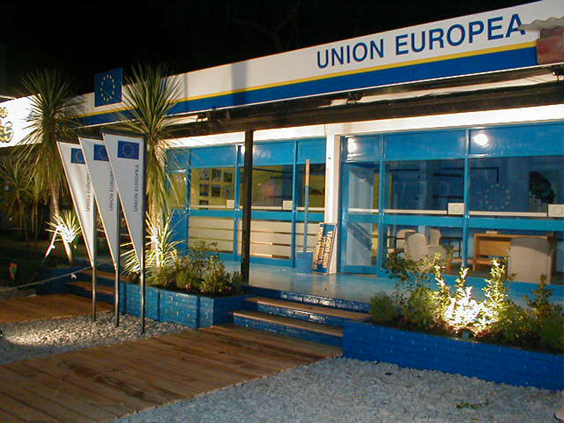 UE+PRADO+2003+NOCT1010259.jpg