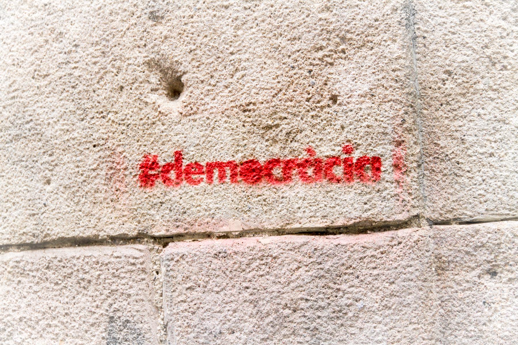 Hashtag sur le mur