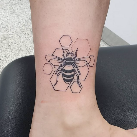 Lex Bee Tattoo Artist
