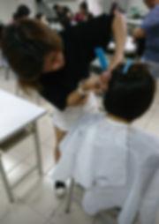 快剪創業保證班3 靚妍JYBeauty是您學好快剪創業技能、擁有快剪創業證書及快剪創業在台北,桃園的第一選擇。另有美容丙級,美容乙級,美髮丙級,美髮創業,紋繡,繡眉,接睫毛,微刺青,凝膠指甲(光療指甲),水晶指甲,指甲彩繪,新娘秘書(新秘),挽臉等證照檢定及創業教學
