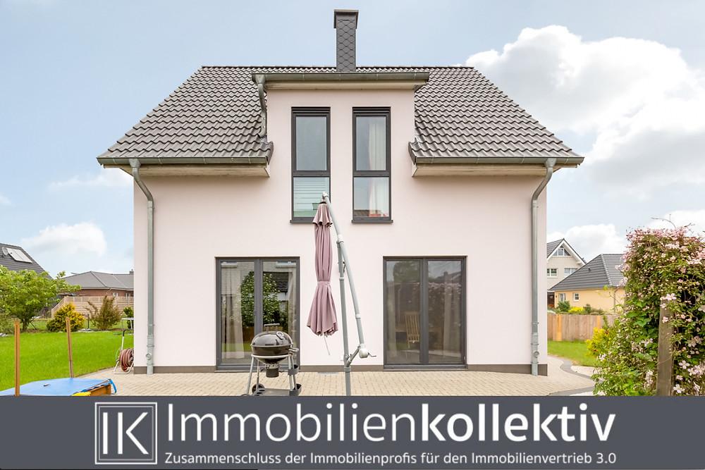 Haus kaufen verkaufen Harburg Hamburg Heidekreis Schneverdingen Nordheide Tinnemeyer Immobilienkollektiv Makler Immobilienmakler Neubau Grundstück Energiesparhaus Traumhaus EFH wohnen Einfamilienhaus