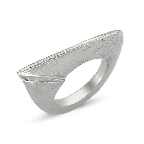Sharp Turn Ring