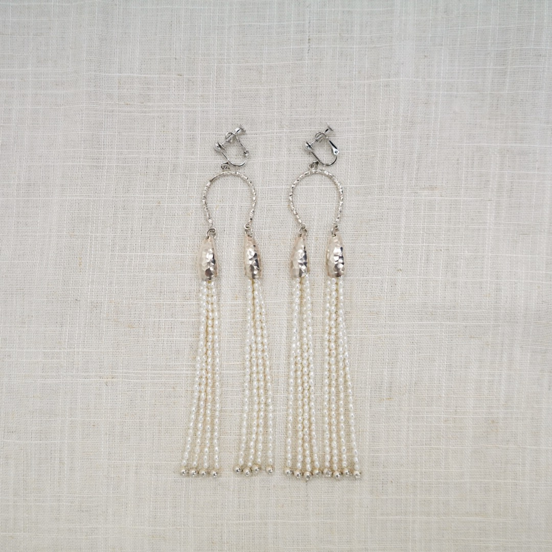 TASSEL PEARL EARRINGS