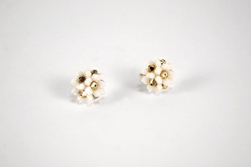 Aenean Earstuds (White & Gold)