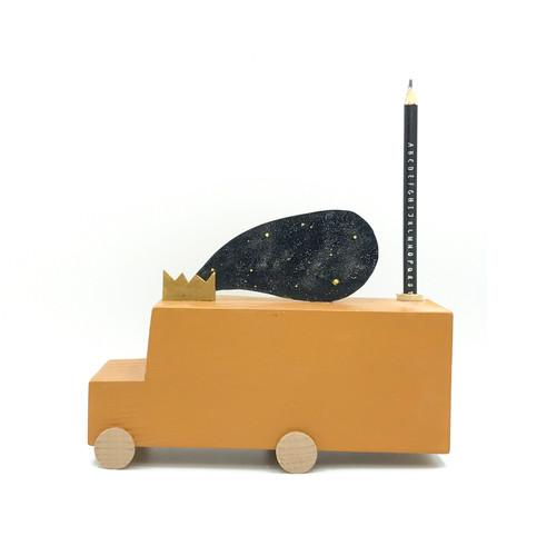 Big Moon Bus