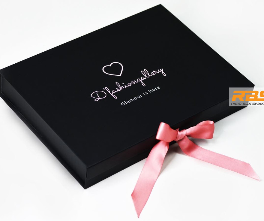 Fashion-accessories-packaging-box-fashion-clothing-fashionable-products-packaging-rigid-bo