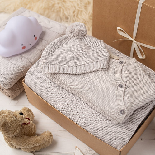 Big Star Knitted Baby Gift Box