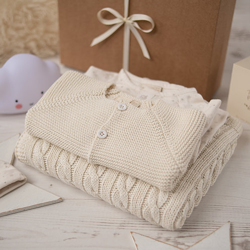 Classic Cream Cable Baby Knitted Gift Box