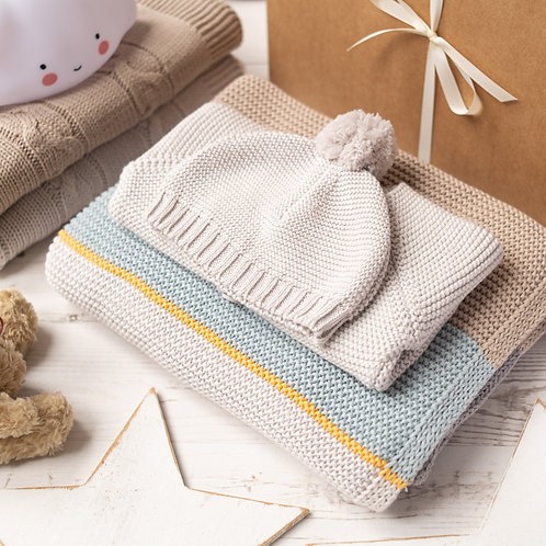 Arty Baby Knitted Gift Set