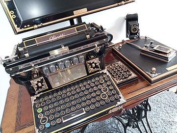 typewriter 2.jpg